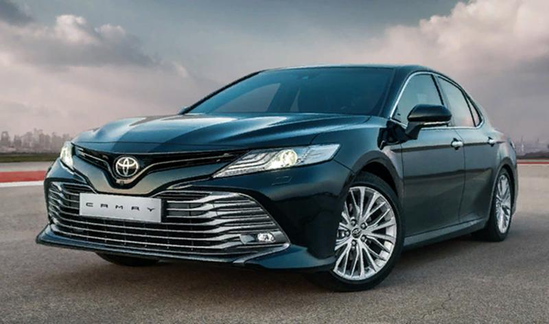 В России стартовали продажи самой ожидаемой новинки 2018 года – седана Toyota Camry