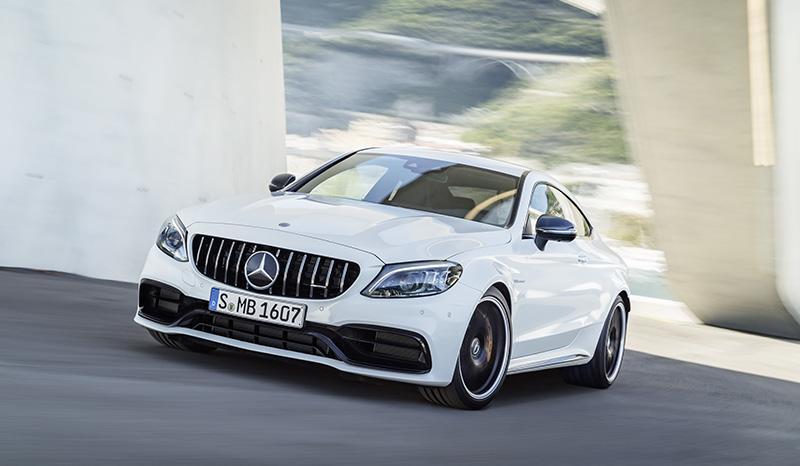 Mercedes представил новые модели AMG C 63