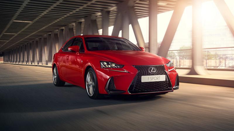Lexus:В России объявлен прием заказов на новый спортивный седан Lexus IS 300
