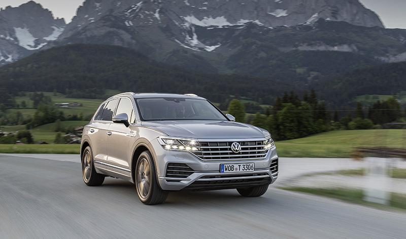Volkswagen добавил в Touareg комплектацию Exclusive. Цена от 4 259 000 рублей