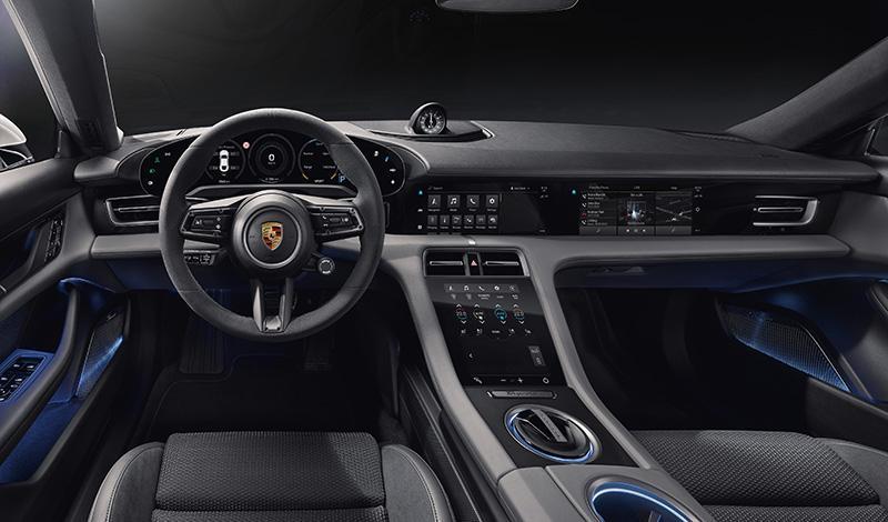 Porsche показал и рассказал об интерьере Taycan