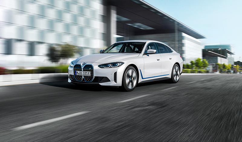 BMW i4 представлен официально