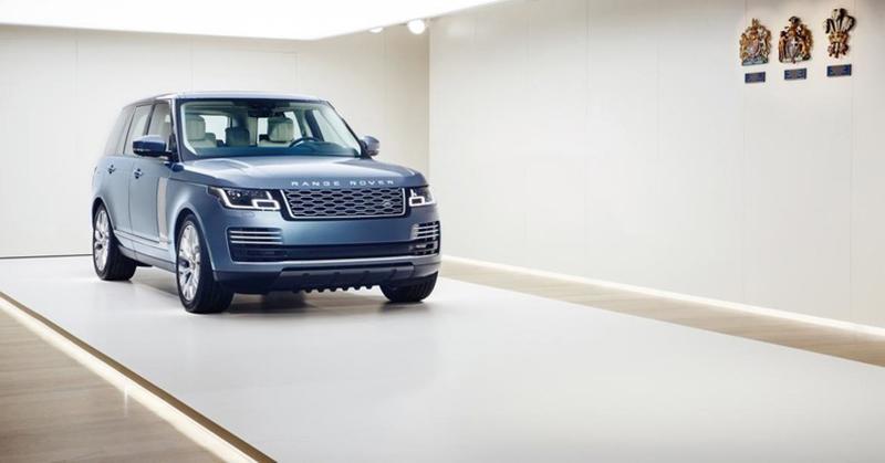 Land Rover:Range Rover 2018 модельного года приобрел утонченный интерьер