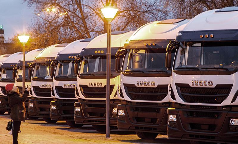 IVECO:ТКФ «Кама Тракс» пополнил автопарк седельными тягачами IVECO Stralis