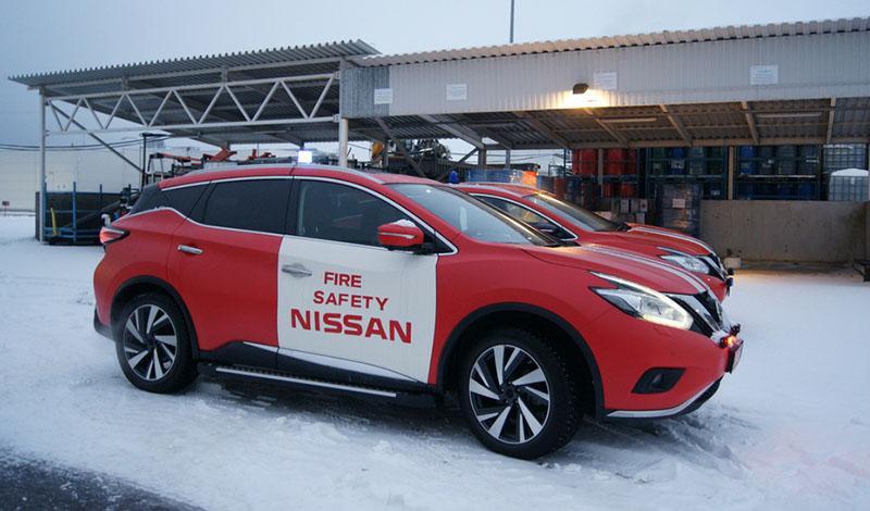 В Санкт-Петербурге завод Nissan предоставил автомобили для тренировки по ликвидации последствий ДТП