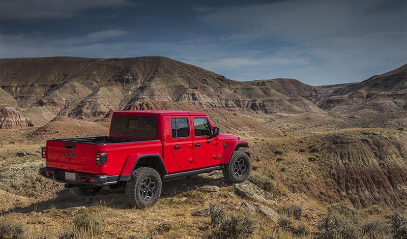 Jeep представляет новую модель среднеразмерного пикапа Jeep Gladiator 2020 года