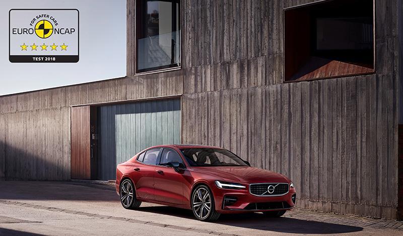 Новые седан Volvo S60 и универсал Volvo V60 получили высший бал в тестах безопасности EuroNCAP 2018