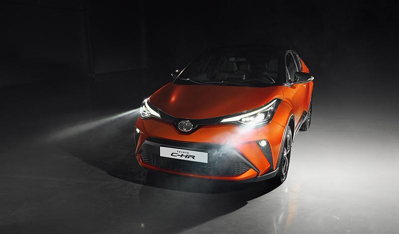 Toyota:Старт продаж Toyota C-HR 2020. Цене от 1 828 000 рублей