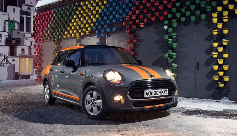 MINI:Парк каршерингового сервиса YouDrive пополнился 100 автомобилями британского бренда MINI