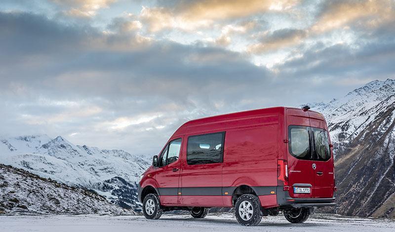 Sprinter 2018 года с полным приводом доступен для заказа от 3 759 000 рублей