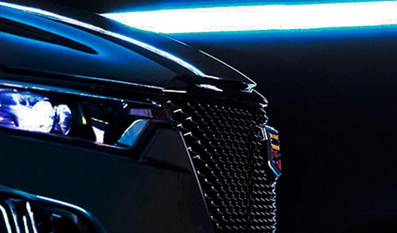Cadillac объявил о старте продаж кроссовера XT6