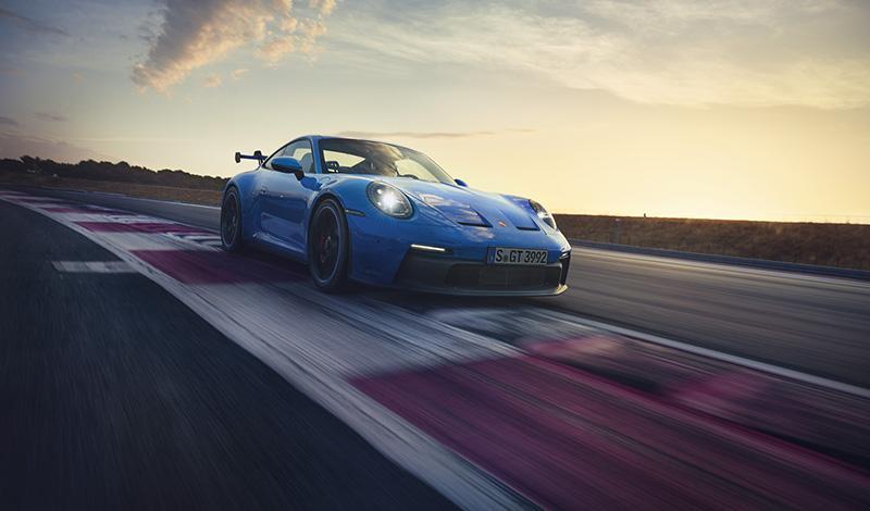 Представлено седьмое поколение Porsche 911 GT3. Цене от 13 180 000 рублей