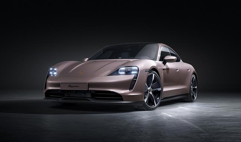 На рынок РФ в первом квартале 2021 года выйдет заднеприводный Porsche Taycan