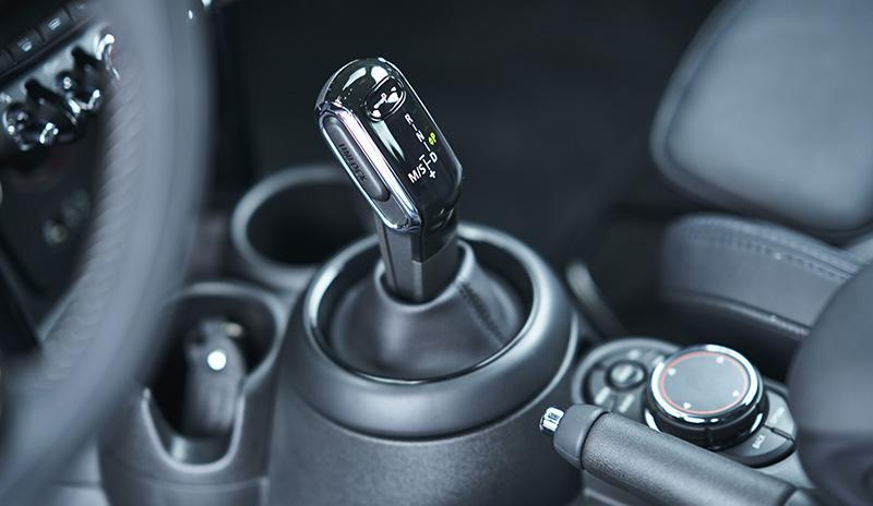 MINI:Автомобили MINI теперь будут оснащаться новой 7-ступенчатой трансмиссией