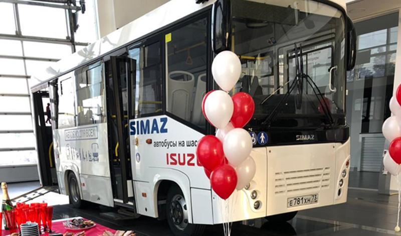 ISUZU представил новый полунизкопольный автобус SIMAZ на шасси ISUZU NQR90