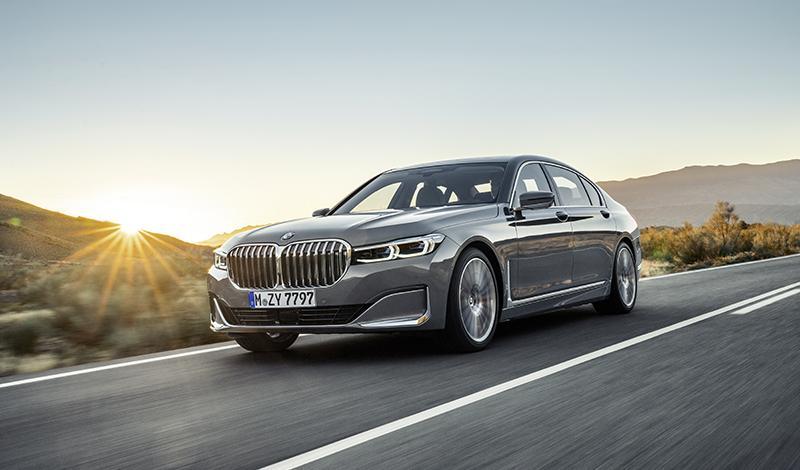 Рестайлинг BMW 7 серии 2019 года: известны цены и комплектации в России
