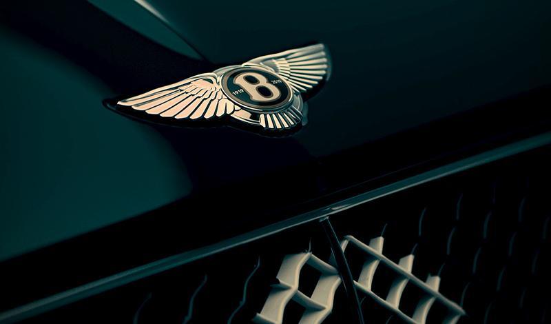 Bentley:Эксклюзив от Bentley -  модель ограниченной серии, созданную в честь столетнего юбилея компании покажут на автосалоне в Женеве