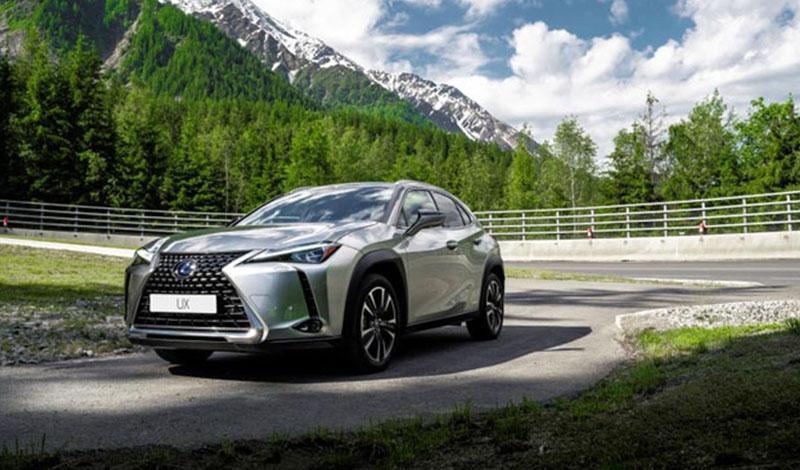 Lexus запускает кампанию по обновлению программного обеспечения мультимедийных систем моделей Lexus ES, NX и UX