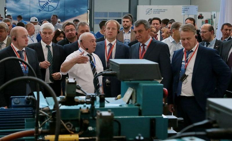 Большинство двигателей в грузовиках КАМАЗ будут оснащаться новой топливной системой отечественного производства