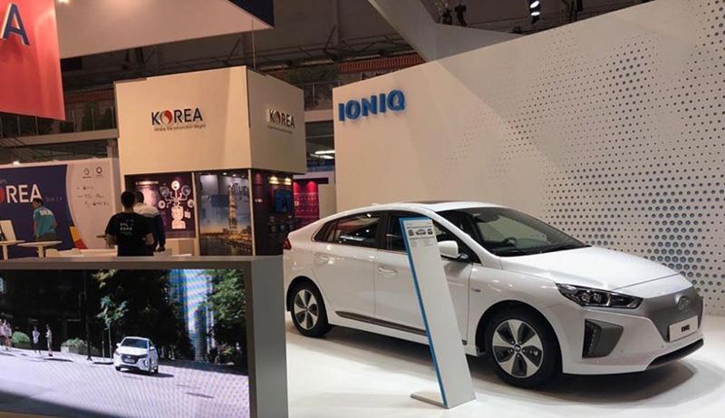 На выставке Иннопром-2018 Hyundai представил новинку IONIQ