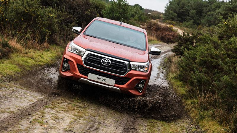 Toyota:Тойота представила новую версию пикапа Toyota Hilux под названием Exclusive