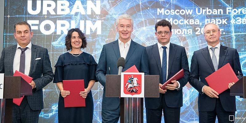 «КАМАЗ», правительство Москвы, «НАМИ» и «Яндекс» заключили соглашение о сотрудничестве по развитию беспилотного транспорта в столице