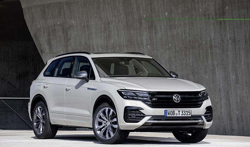 """Volkswagen представил новую комплектацию Touareg – """"ONE Million"""".  Эксклюзивная версия ожидается в России осенью 2019 года"""