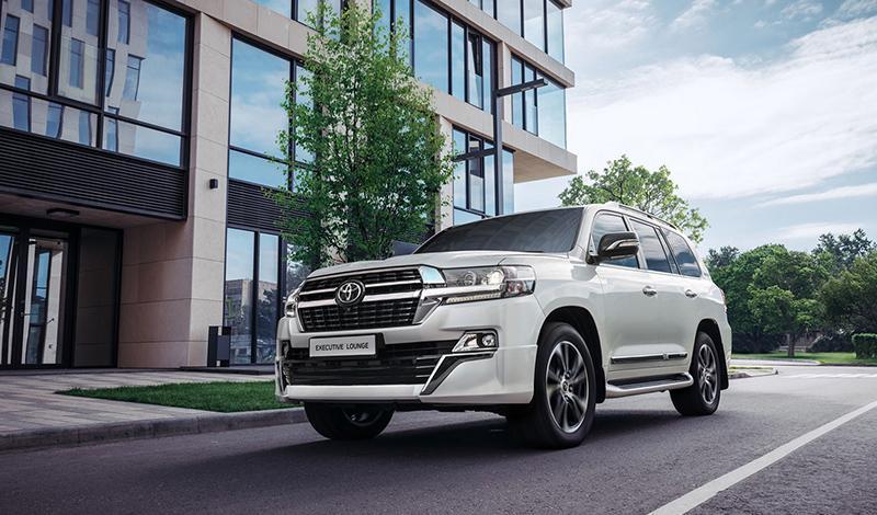 Toyota:С 15 июля Toyota начала прием заказов  на специальную версию Land Cruiser 200 Executive Lounge