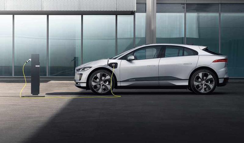 Jaguar I-PACE 21 модельного года получит обновленную информационно-развлекательную систему и возможность ускоренной зарядки