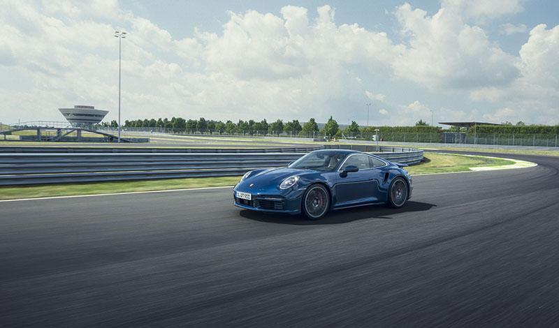 Порше 911 Turbo Coupé 2021 и Порше 911 Turbo Cabriolet 2021 представлены официально