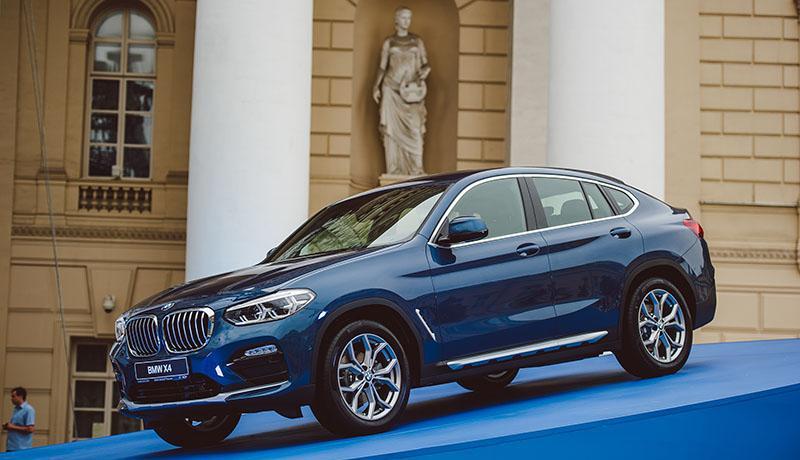 В России прошла премьера нового BMW X4