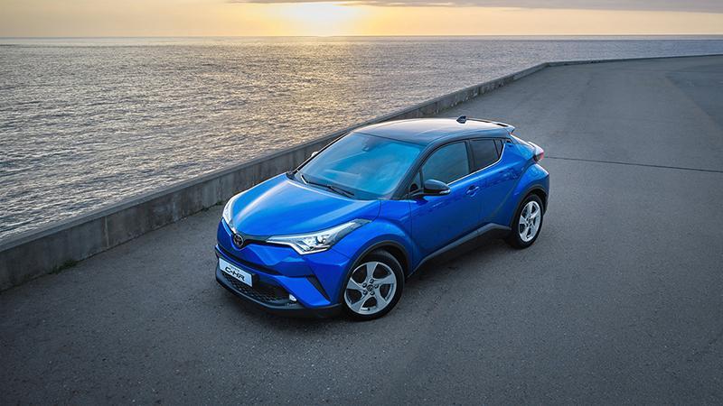 Toyota:Новый кроссовер Toyota C-HR будет доступен в 3 комплектациях