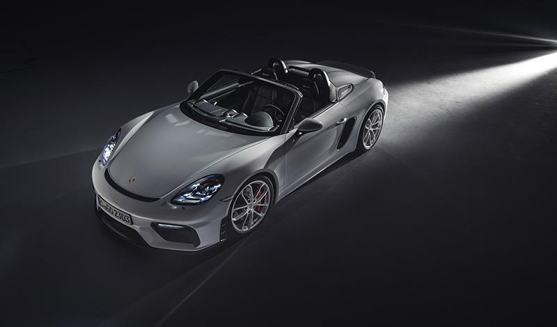Porsche представил 718 Cayman GT42 и новый 718 Spyder