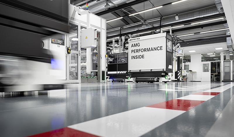 Мерседес анонсировал новый четырёхцилиндровый турбированный двигатель