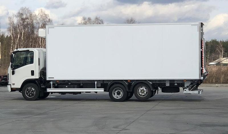 ISUZU вывел на рынок РФ новую модель ELF 9.5 (NQR90) с удлиненной рамой и третьей подъемной осью