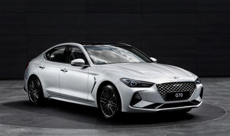В апреле Genesis проведет презентацию нового полноприводного седана G70 в России