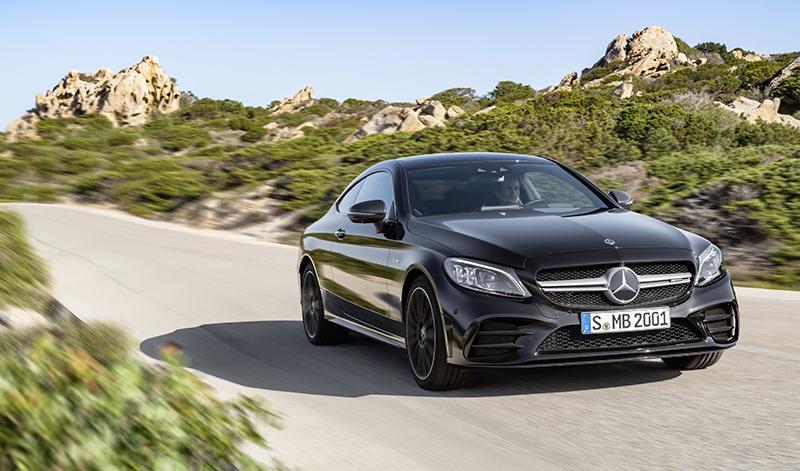 Mercedes-AMG предлагает своим покупателям новые купе и кабриолет C 43 4MATIC