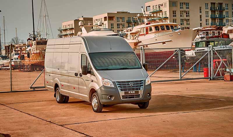 ГАЗ начал производство тяжелых фургонов и микроавтобусов со сверхдлинной колесной базой