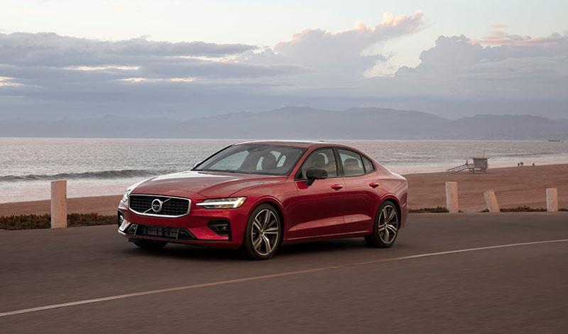 Не более 180 км/ч с 2020 года у всех автомобилей Volvo