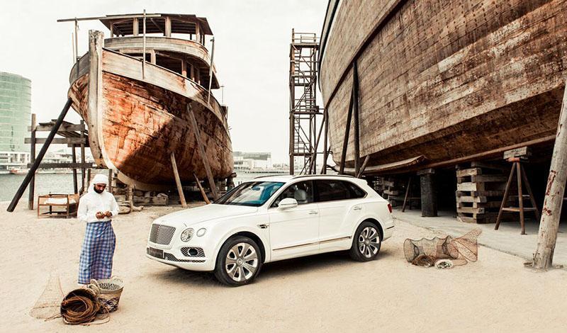 Коллекционная модель Bentayga Pearl of Gulf от Bentley