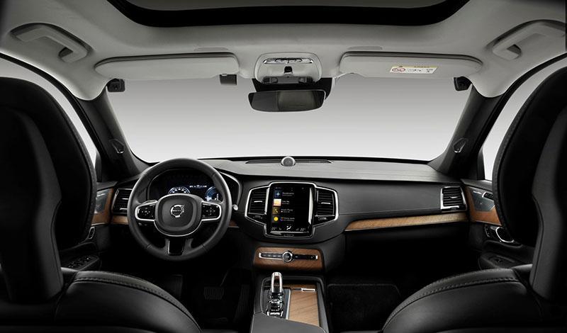Volvo:Volvo против невнимательности и пьянства за рулём