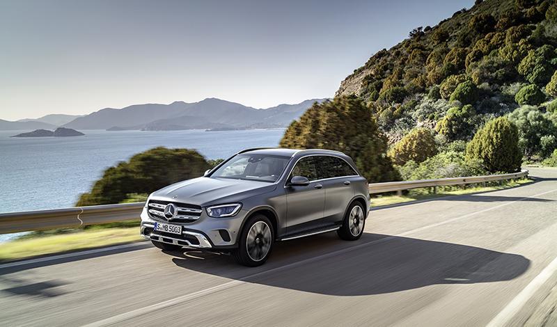 Mercedes-Benz показал рестайлинг GLC 2019 модельного года
