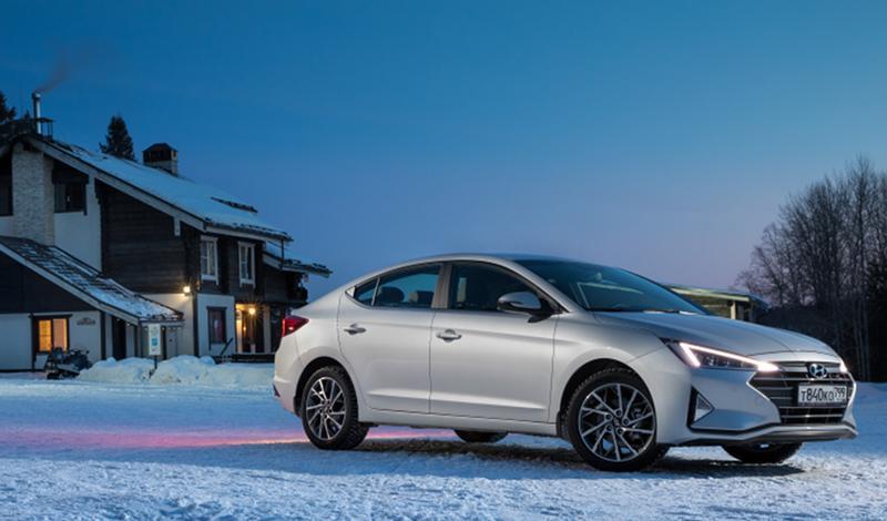 Hyundai представила рестайлинг Elantra 2019 модельного года