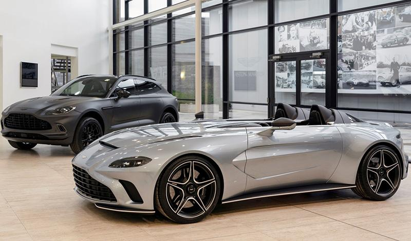 Представлена новая модель от Aston Martin - V12 Speedster