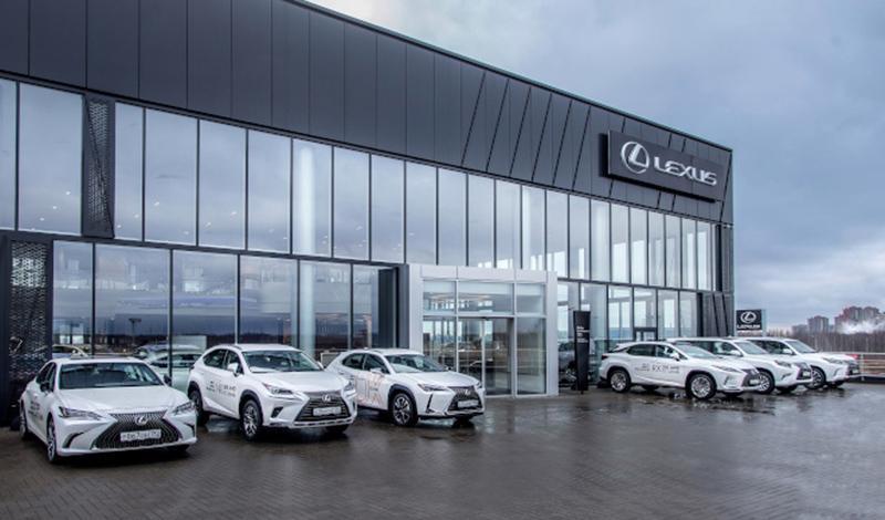 """Lexus:В Санкт-Петербурге открылся новый дилерский центр """"Лексус — Парнас"""""""