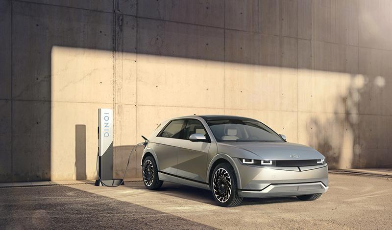 Hyundai представила электро-кроссовер IONIQ 5