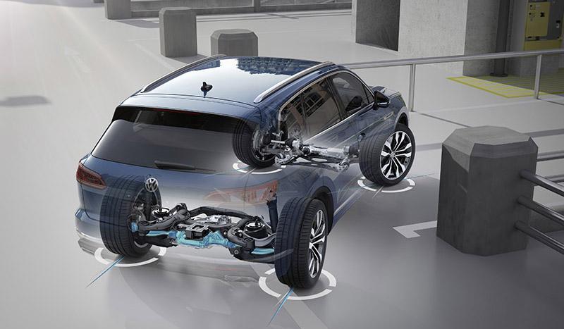 Новый Volkswagen Touareg представлен с системой подруливания задних колес