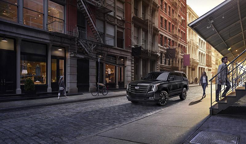 Cadillac:Cadillac Escalade Sport Edition от 5 800 000 рублей - лимитированная версия в продаже с 1 июня 2019 года