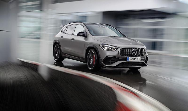 Mercedes-Benz:Мерседес показал AMG GLA 45 4MATIC+ и AMG GLA 45 S 4MATIC+