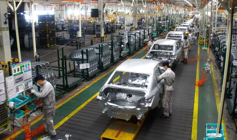 В России начали сборку нового поколения автомобилей «PEUGEOT 408»